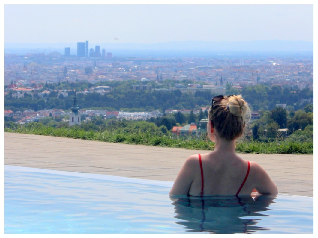Perfect Day Krapfenwaldbad Döbling Vienna infinity pool view